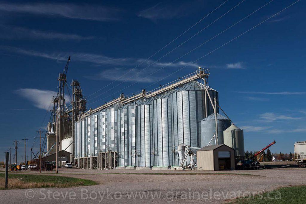 Barnwell, AB grain elevator, October 2015