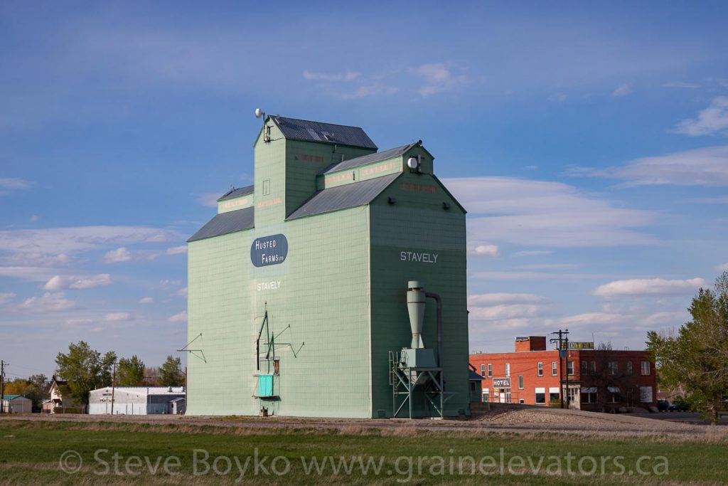 Stavely grain elevator, May 2017