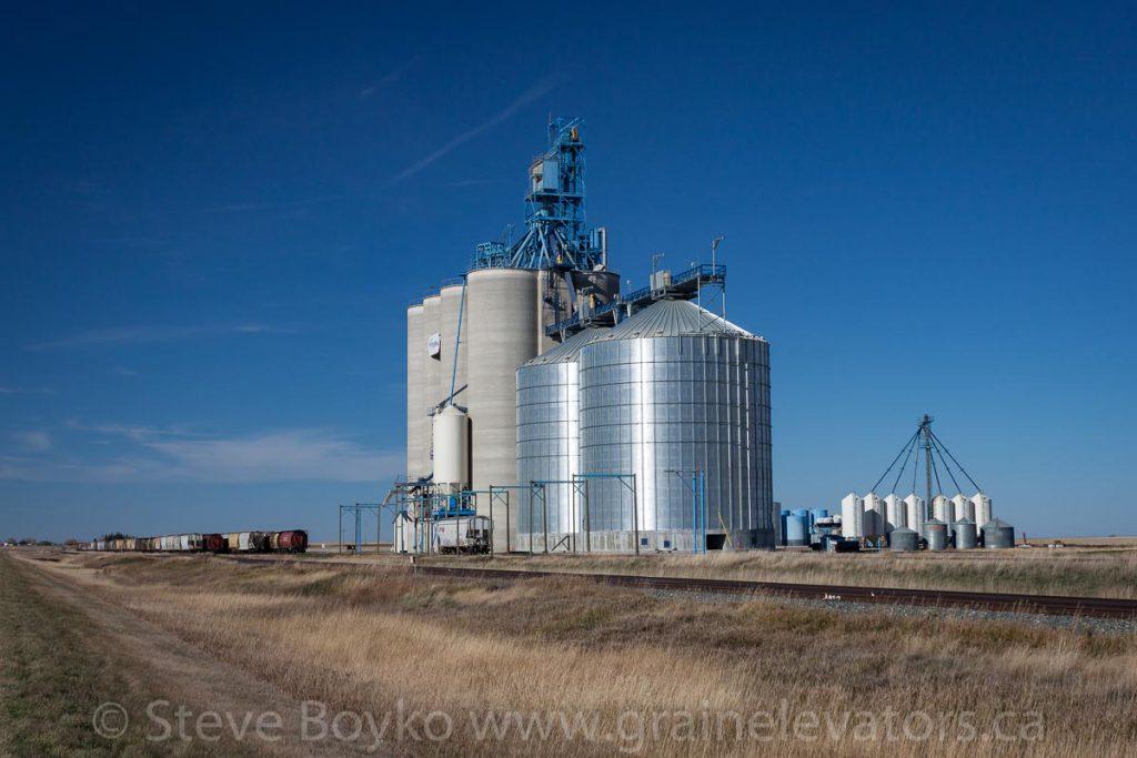 Burdett grain elevator, October 2015