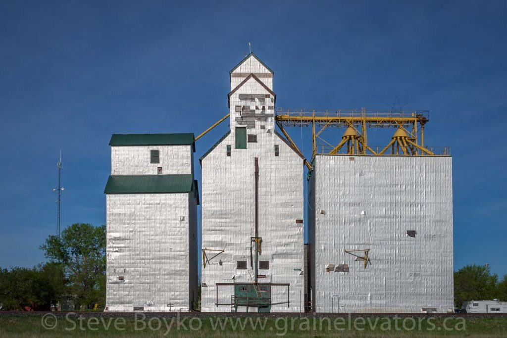 Arden, MB grain elevator, May 2014. Contributed by Steve Boyko.