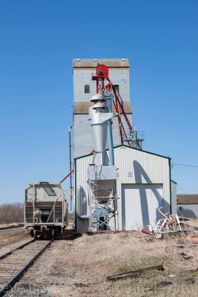Grain elevator in Birtle, MB, Apr 2016. Contributed by Steve Boyko.