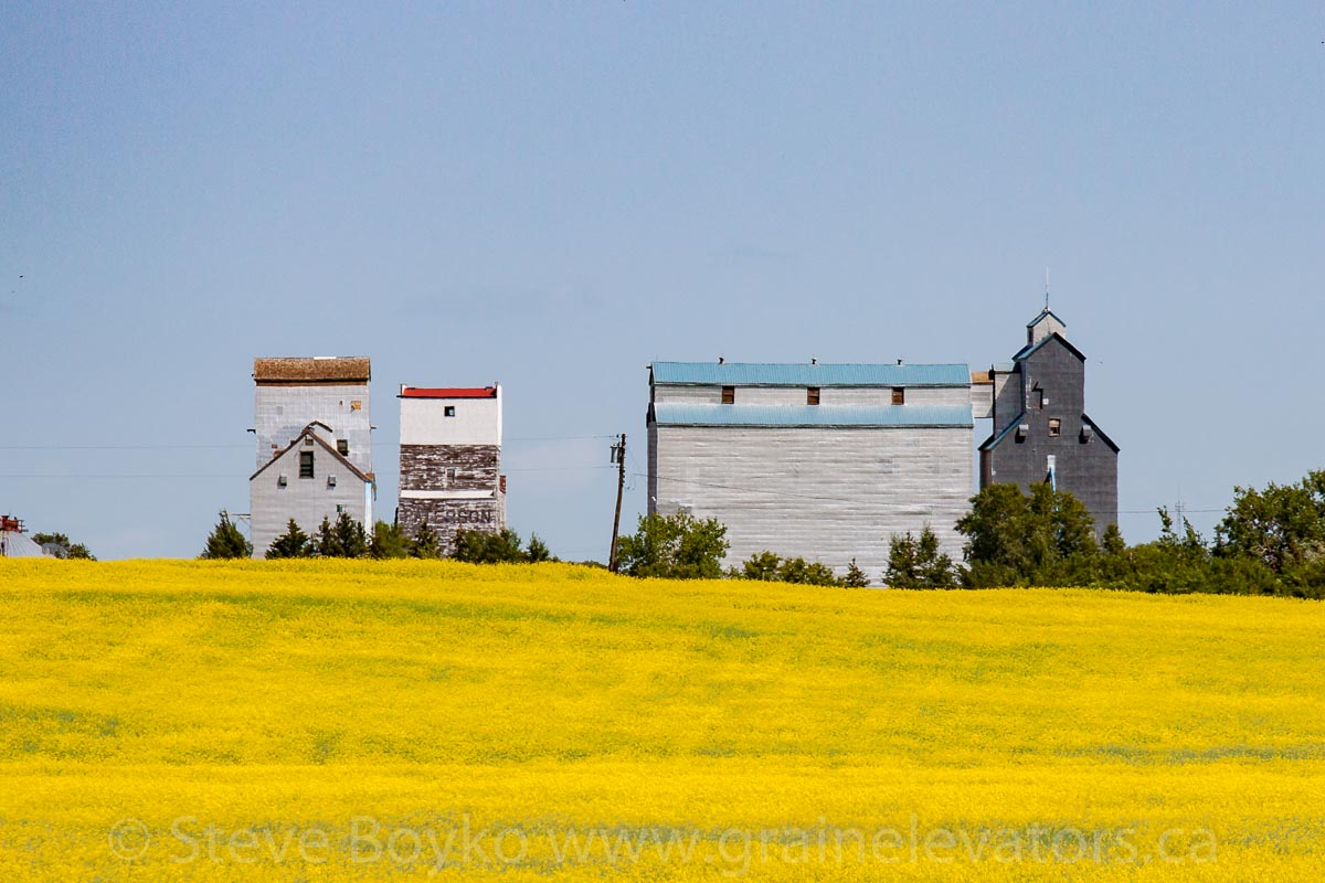 Boissevain, MB grain elevators, Aug 2014. Contributed by Steve Boyko.
