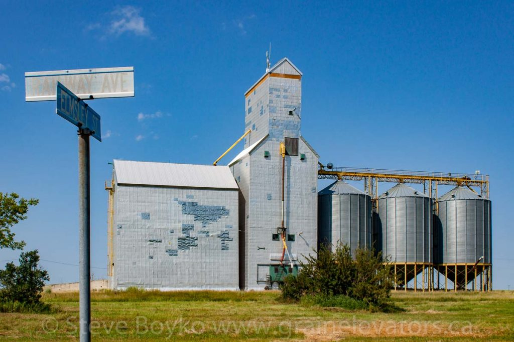 Grain elevator in Goodlands, MB, Aug 2014. Contributed by Steve Boyko.