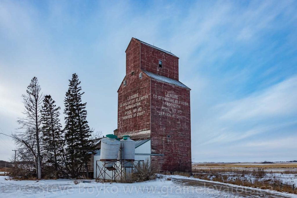 The Lenore, MB grain elevator, Dec 2017. Contributed by Steve Boyko.