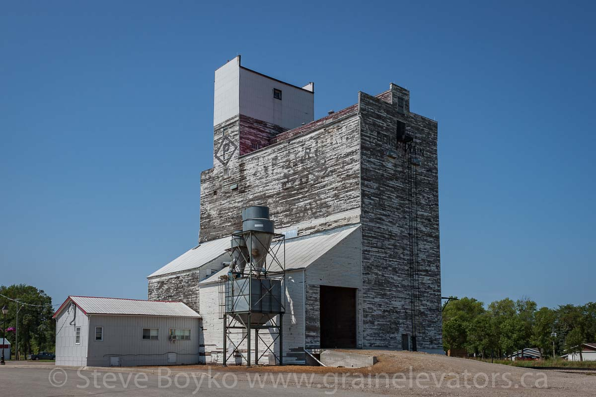 Paterson grain elevator in Boissevain, MB, Aug 2014. Contributed by Steve Boyko.