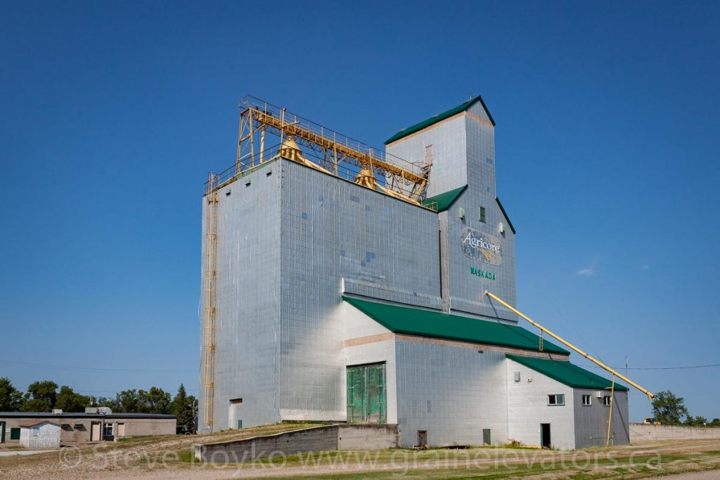 Grain elevator in Waskada, MB, Aug 2014. Contributed by Steve Boyko.