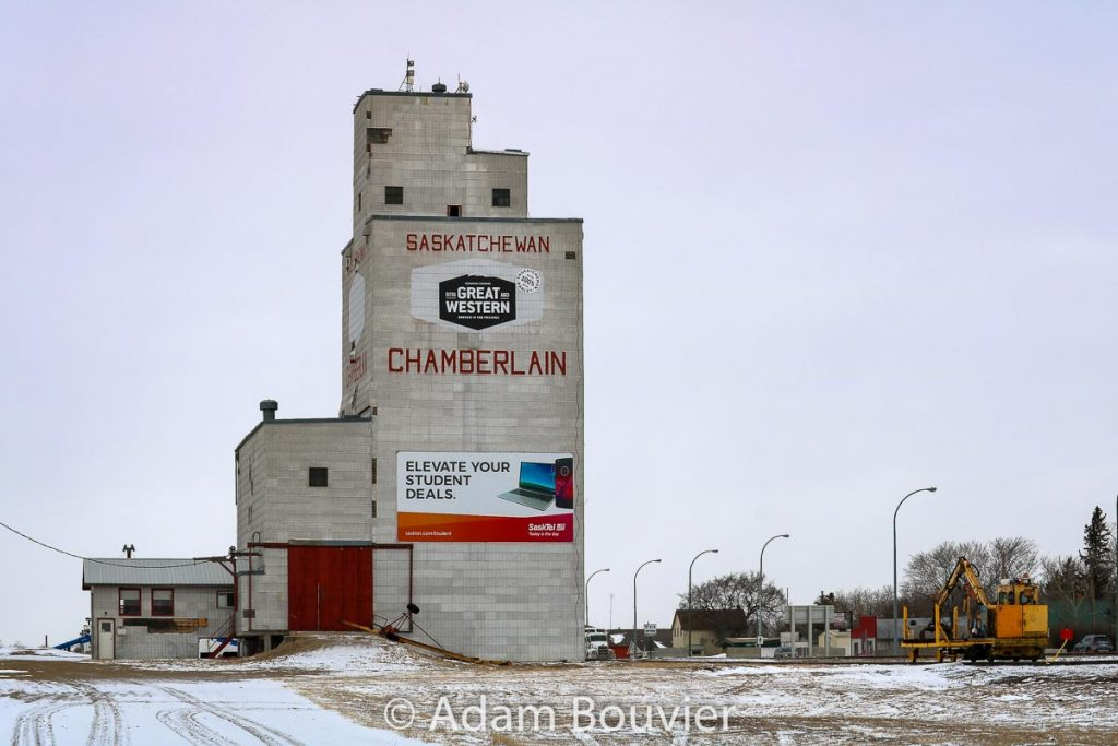 Grain elevator in Chamberlain, SK, Feb 2018. Contributed by Adam Bouvier.