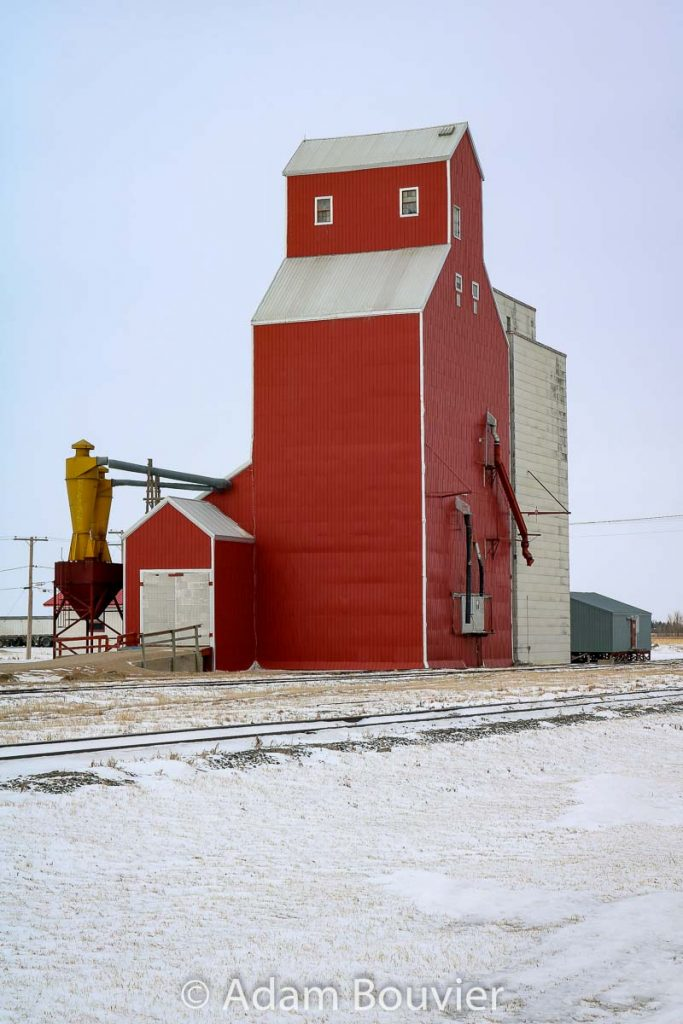 Grain elevator and annex at Davidson, SK, Feb 2018. Contributed by Adam Bouvier.