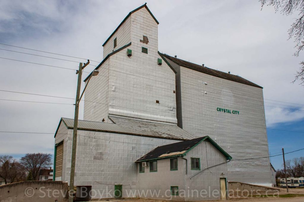 Former Manitoba Pool grain elevator in Crystal City, MB, May 2014. Contributed by Steve Boyko.