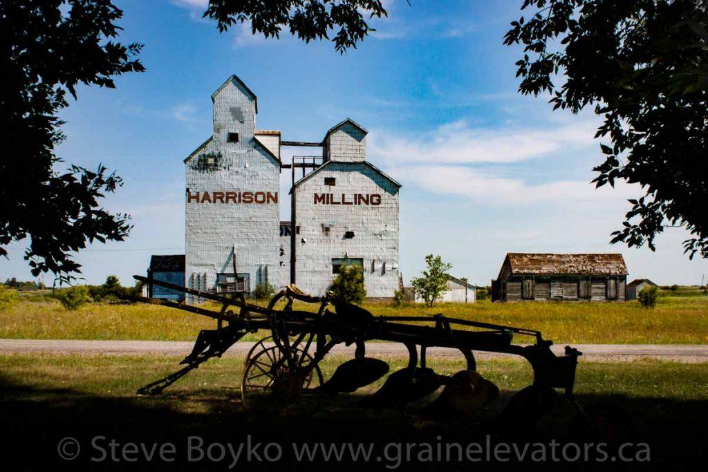 Grain elevator in Holmfield, MB, Aug 2014.