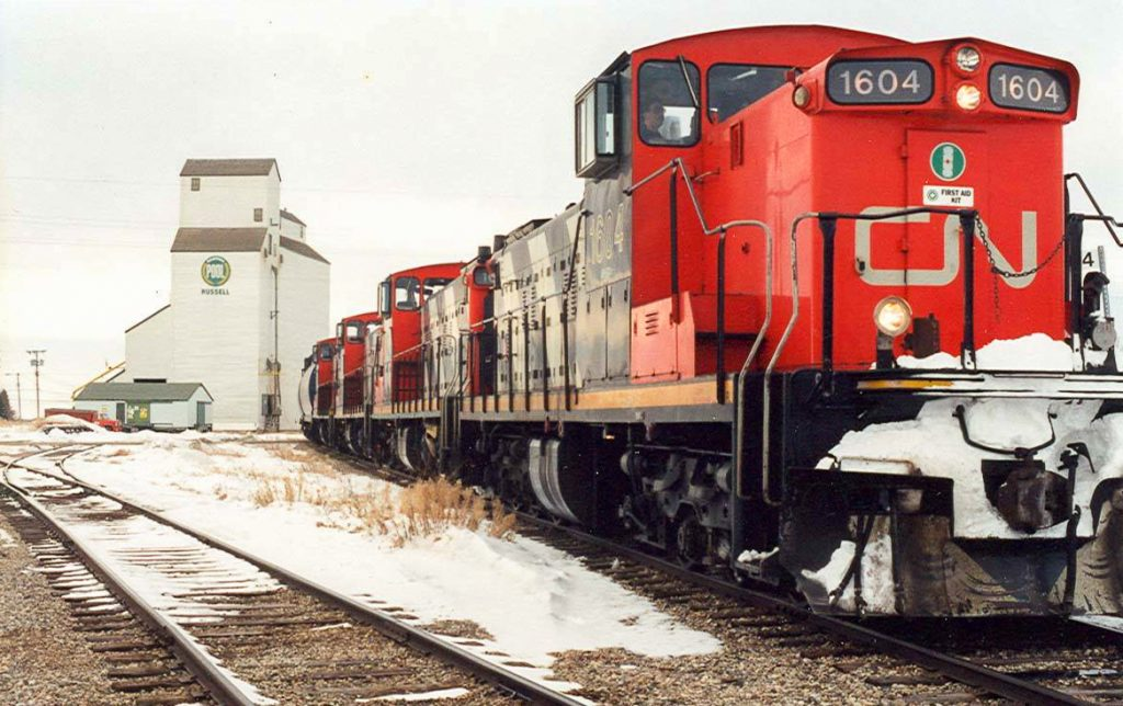 CN 1604 in Russell, MB, March 1996. Copyright by Clayton Chaloner.