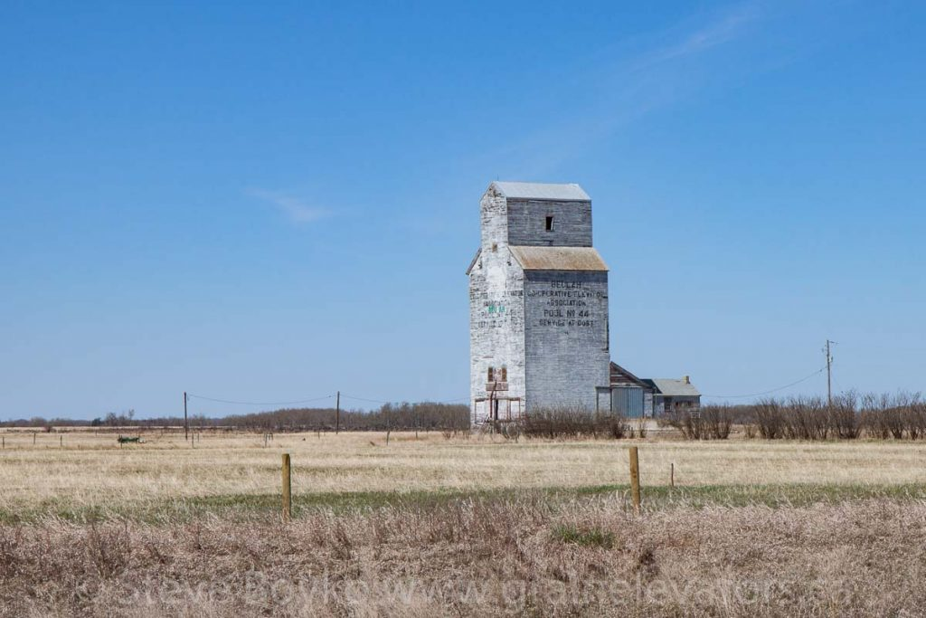 Beulah, MB grain elevator, April 2016. Contributed by Steve Boyko.