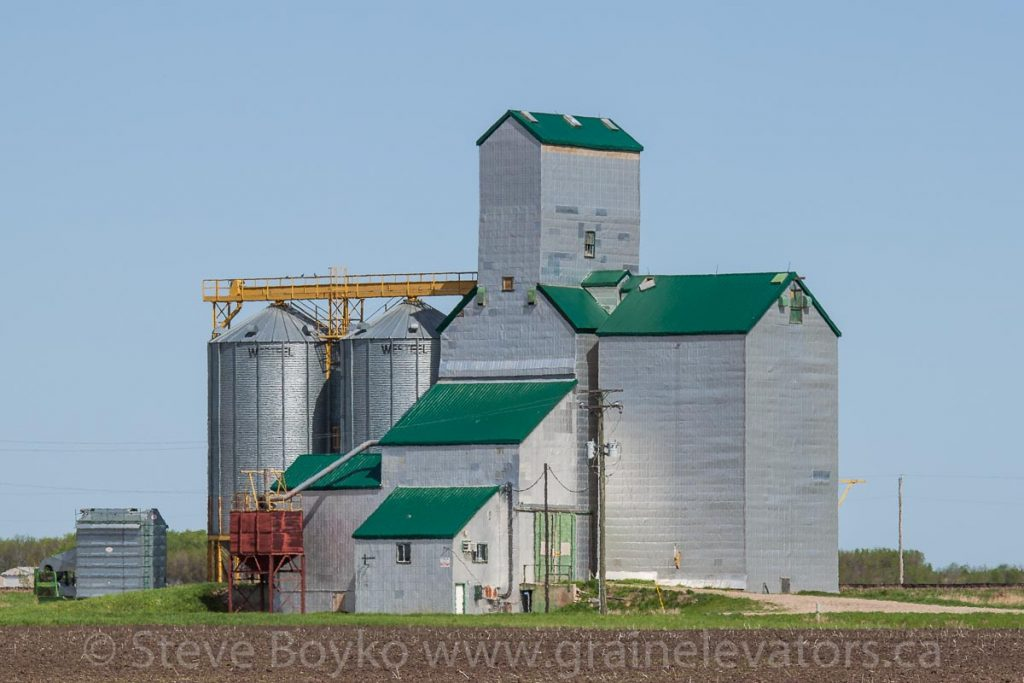 Grain elevator in Gregg, MB, May 2014. Contributed by Steve Boyko.