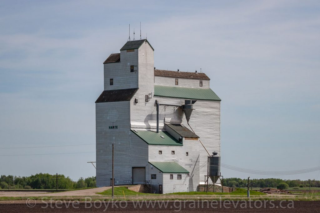The Harte, MB grain elevator, May 2014. Contributed by Steve Boyko.