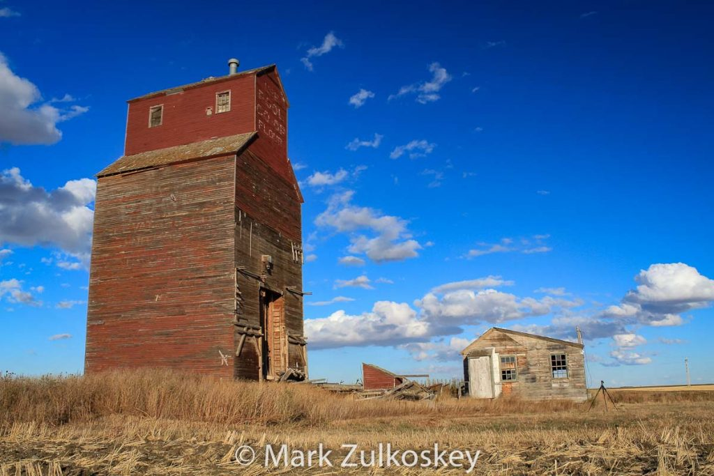 Thrasher, SK grain elevator, 2013. Contributed by Mark Zulkoskey.