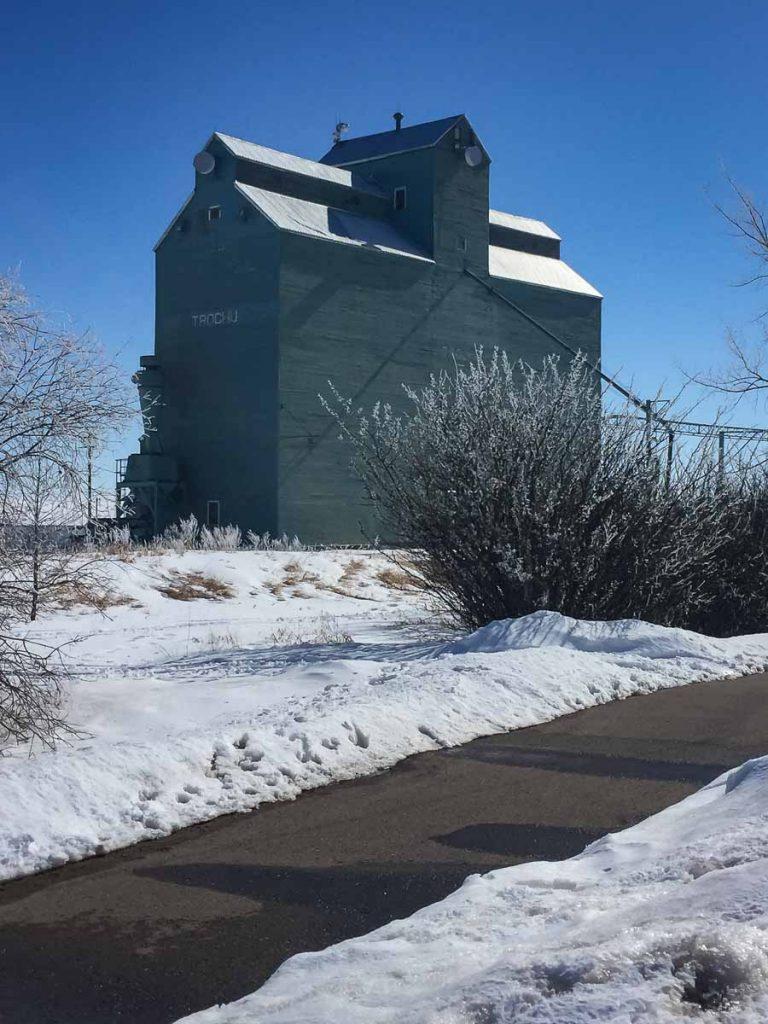 Trochu, AB grain elevator, March 2018. Copyright by BW Bandy.