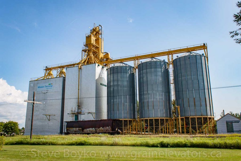 Grain elevator in Alexander, MB, Aug 2014. Contributed by Steve Boyko.