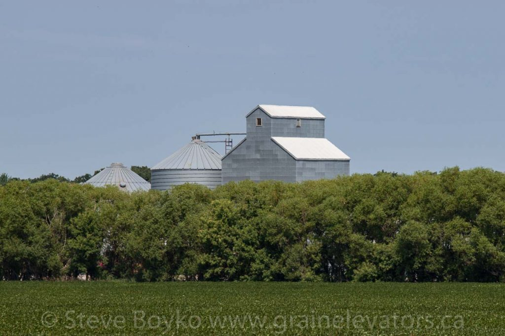 The grain elevator at Benard, MB, Aug 2014. Contributed by Steve Boyko.