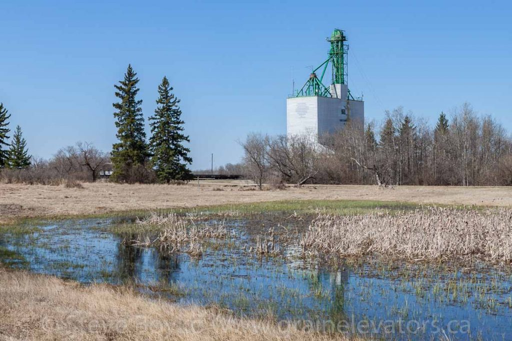 Ex Cargill grain elevator in Solsgirth, MB, Apr 2016. Contributed by Steve Boyko.
