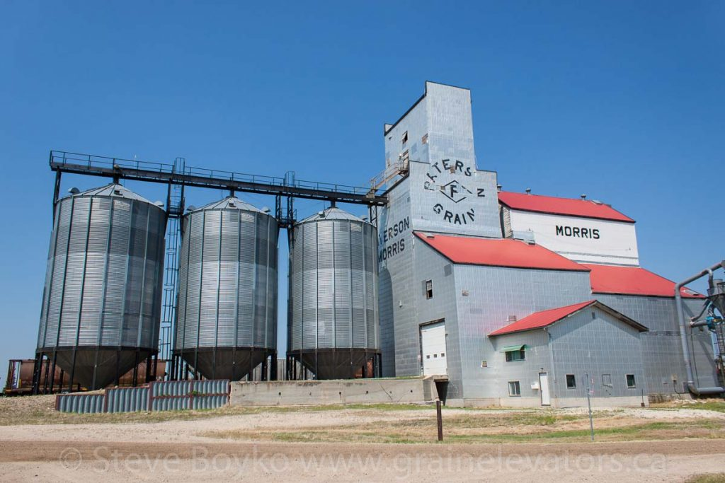 Morris, MB grain elevator, July 2014. Contributed by Steve Boyko.