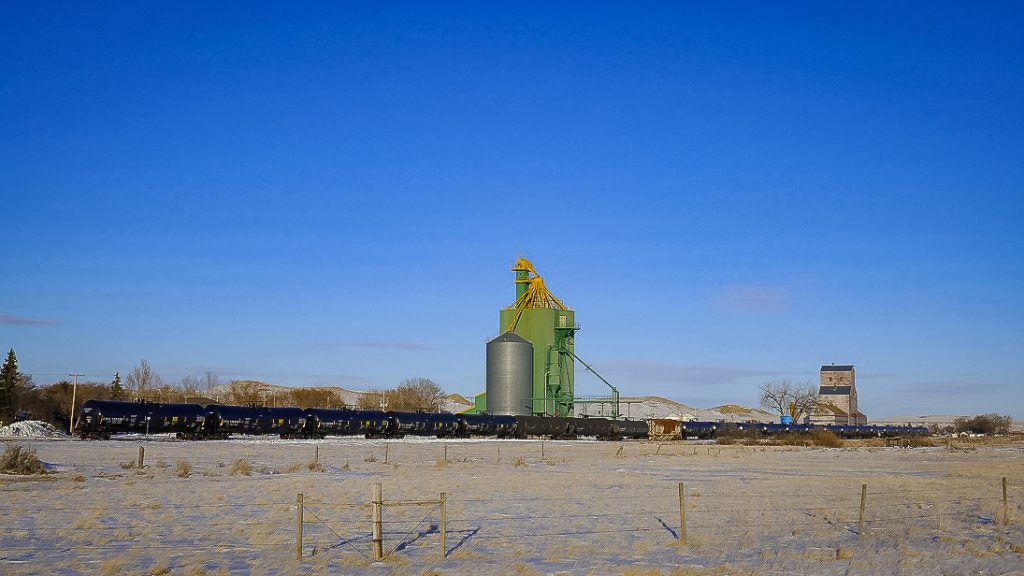 Grain elevators in Eastend, SK, March 2018. Copyright by Michael Truman.