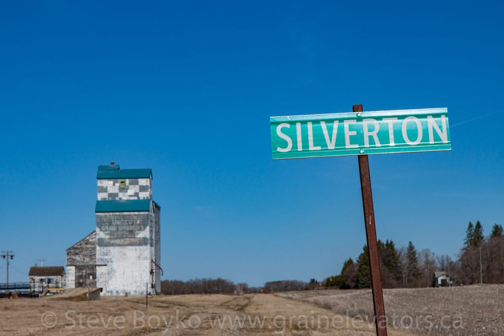 Silverton, Manitoba grain elevator, Apr 2016. Contributed by Steve Boyko.