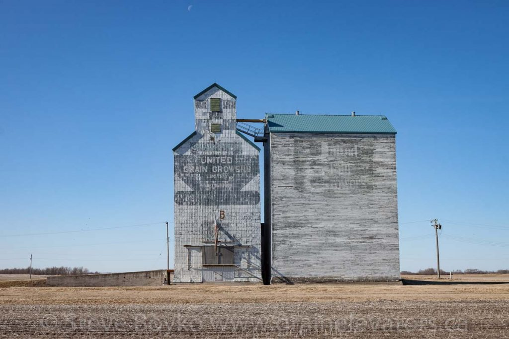 The ex UGG grain elevator in Silverton, MB, Apr 2016. Contributed by Steve Boyko.