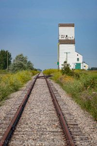 Sinclair, MB grain elevator, Aug 2014.