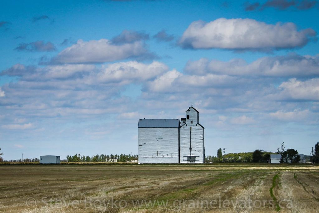 Sperling, MB grain elevator, Sep 2010. Contributed by Steve Boyko.