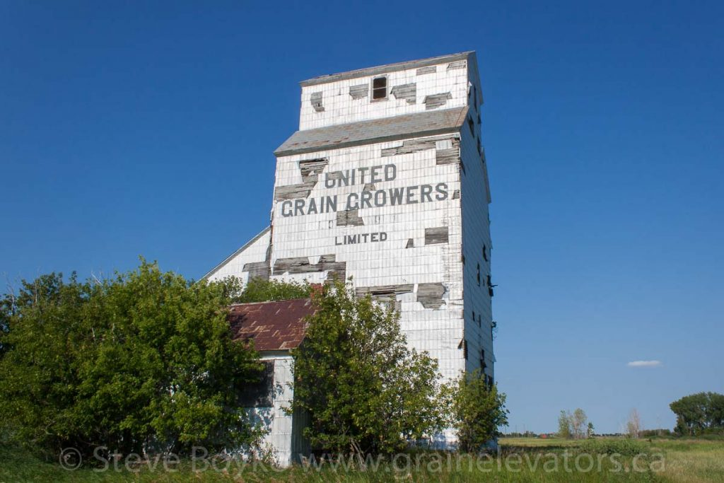 The ex UGG grain elevator in Elva, MB, Aug 2014. Contributed by Steve Boyko.