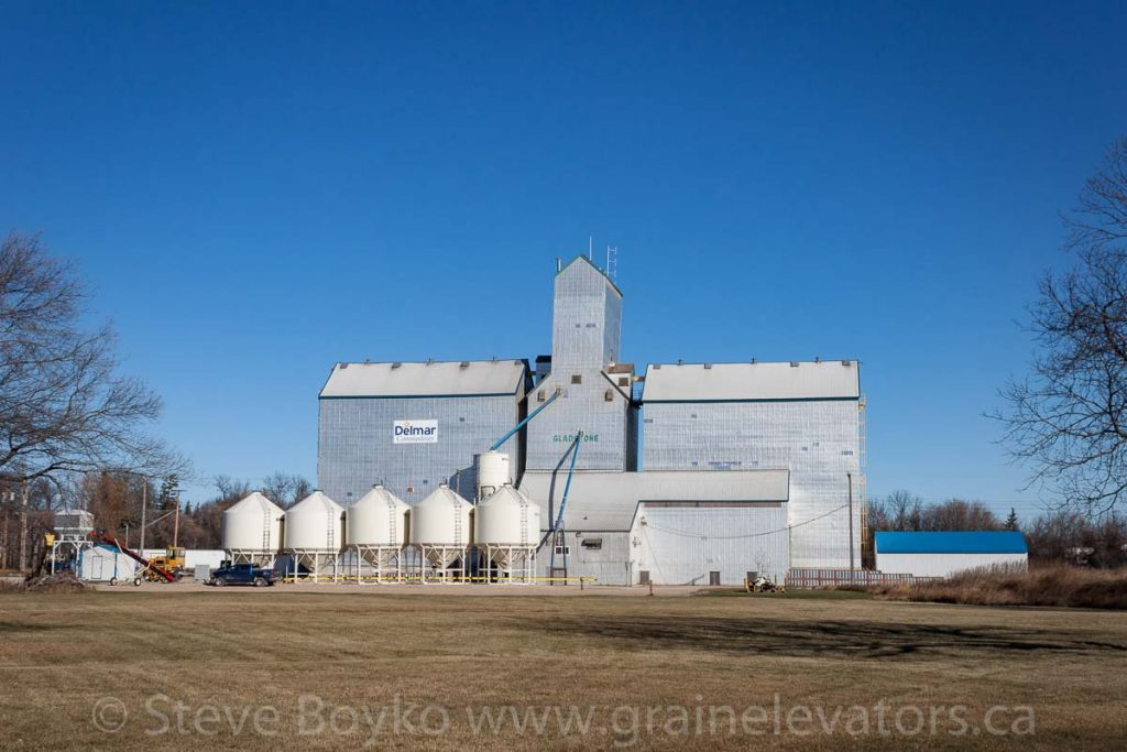 Delmar Commodities grain elevator in Gladstone, MB, Nov 2014. Contributed by Steve Boyko.