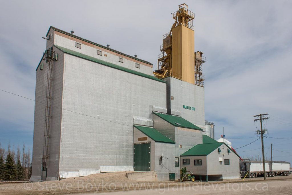 Manitou, MB grain elevator, May 2014. Contributed by Steve Boyko.