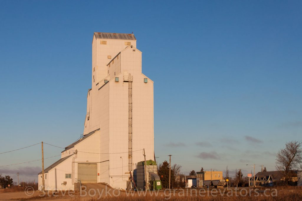 Former UGG grain elevator in Newdale, Manitoba, Nov 2014. Contributed by Steve Boyko.