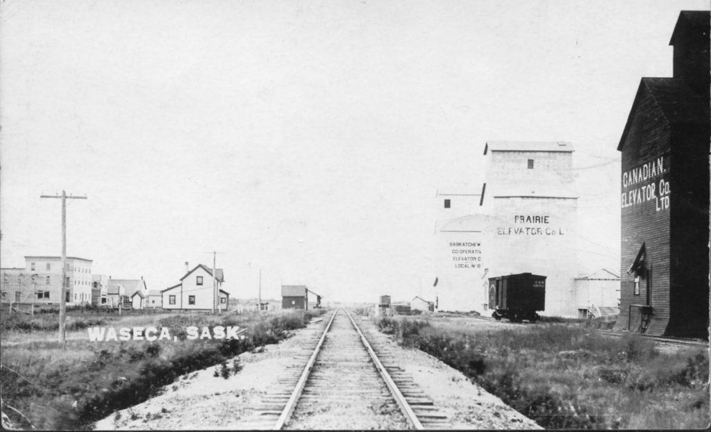 Waseca, SK grain elevators, 1913.