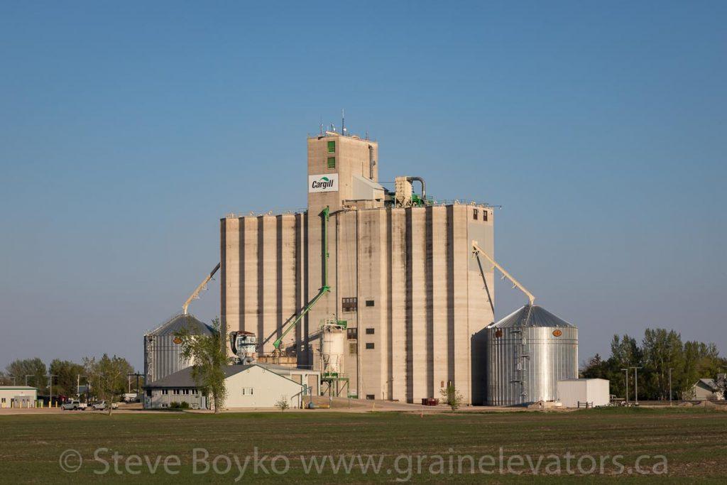 Cargill grain elevator in Elm Creek, Manitoba, Jan 2018. Contributed by Steve Boyko.