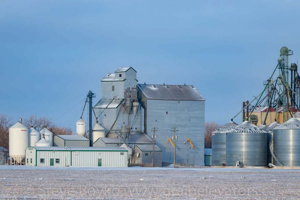 Former Manitoba Pool grain elevator, Jan 2018. Contributed by Steve Boyko.