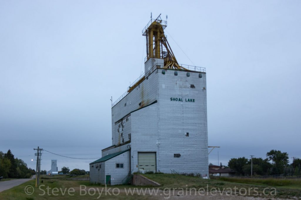 Shoal Lake grain elevators, Aug 2018