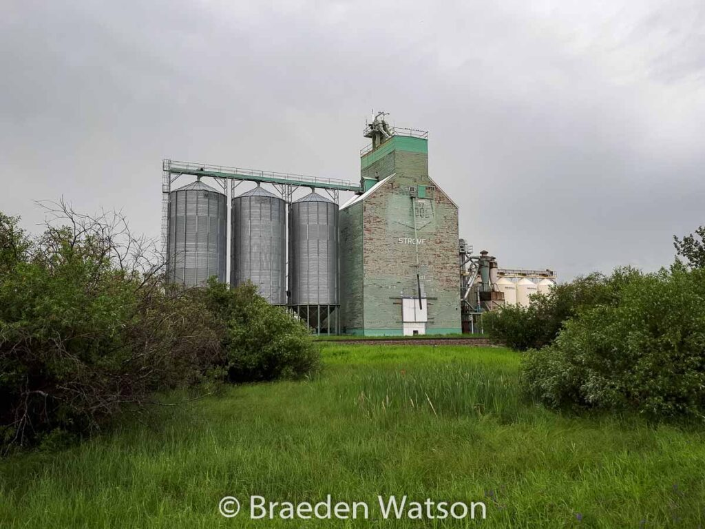 Grain elevator in Strome, AB, July 2020. Contributed by Braeden Watson.