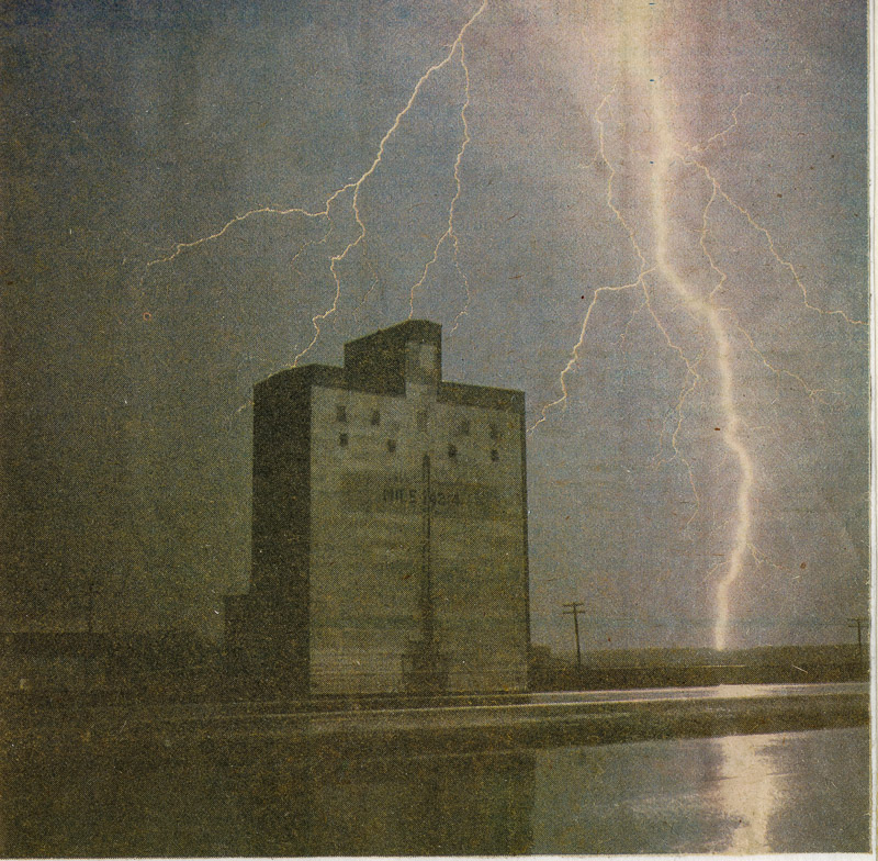 Lightning at mile 142.4, Sep 1977. Newspaper photo, collection of Donald Hamilton.