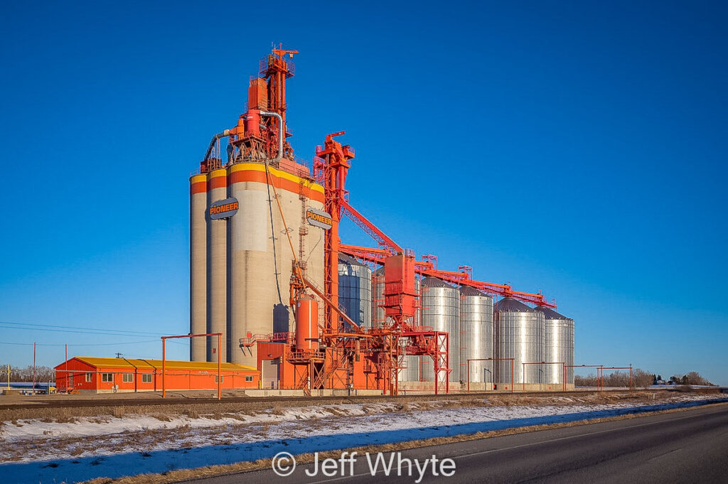 Ex UGG grain elevator near Olds, AB, Dec 2020. Contributed by Jeff Whyte.