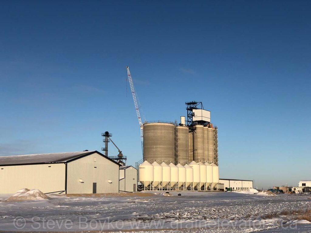 New grain terminal outside Dugald, Dec 2020. Contributed by Steve Boyko.