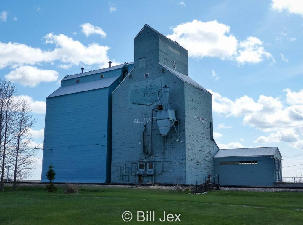 Grain elevator in Alliance, AB, May 2013. Contributed by Bill Jex.