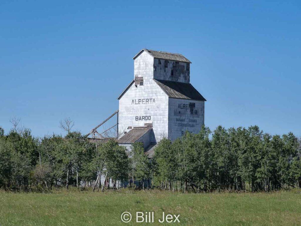 Bardo, AB grain elevator, Aug 2014. Contributed by Bill Jex.