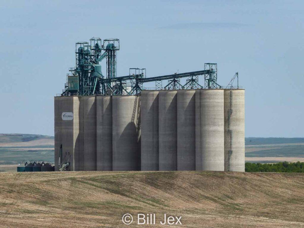 Viterra grain elevator outside Trochu, AB, June 2014. Contributed by Bill Jex.
