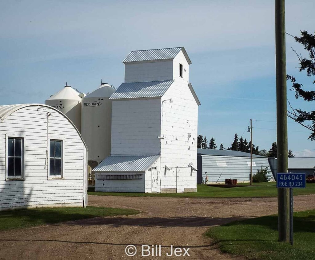 Farm elevator near Wetaskiwin, AB. Contributed by Bill Jex.
