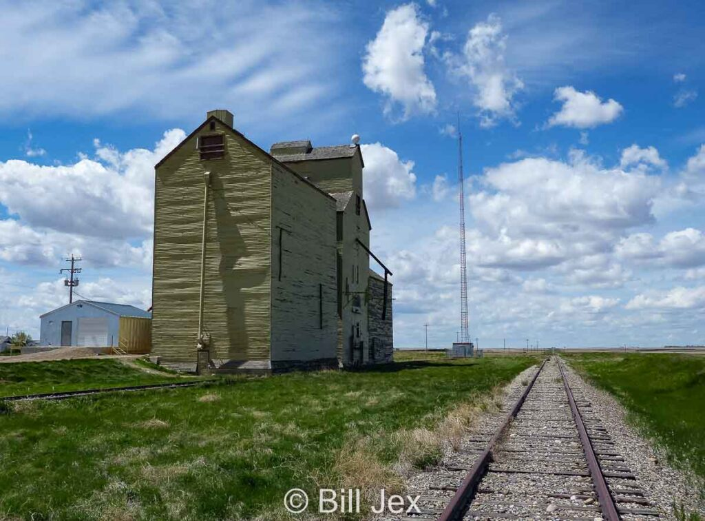Grain elevator and tracks in Skiff, AB, May 2013. Contributed by Bill Jex.