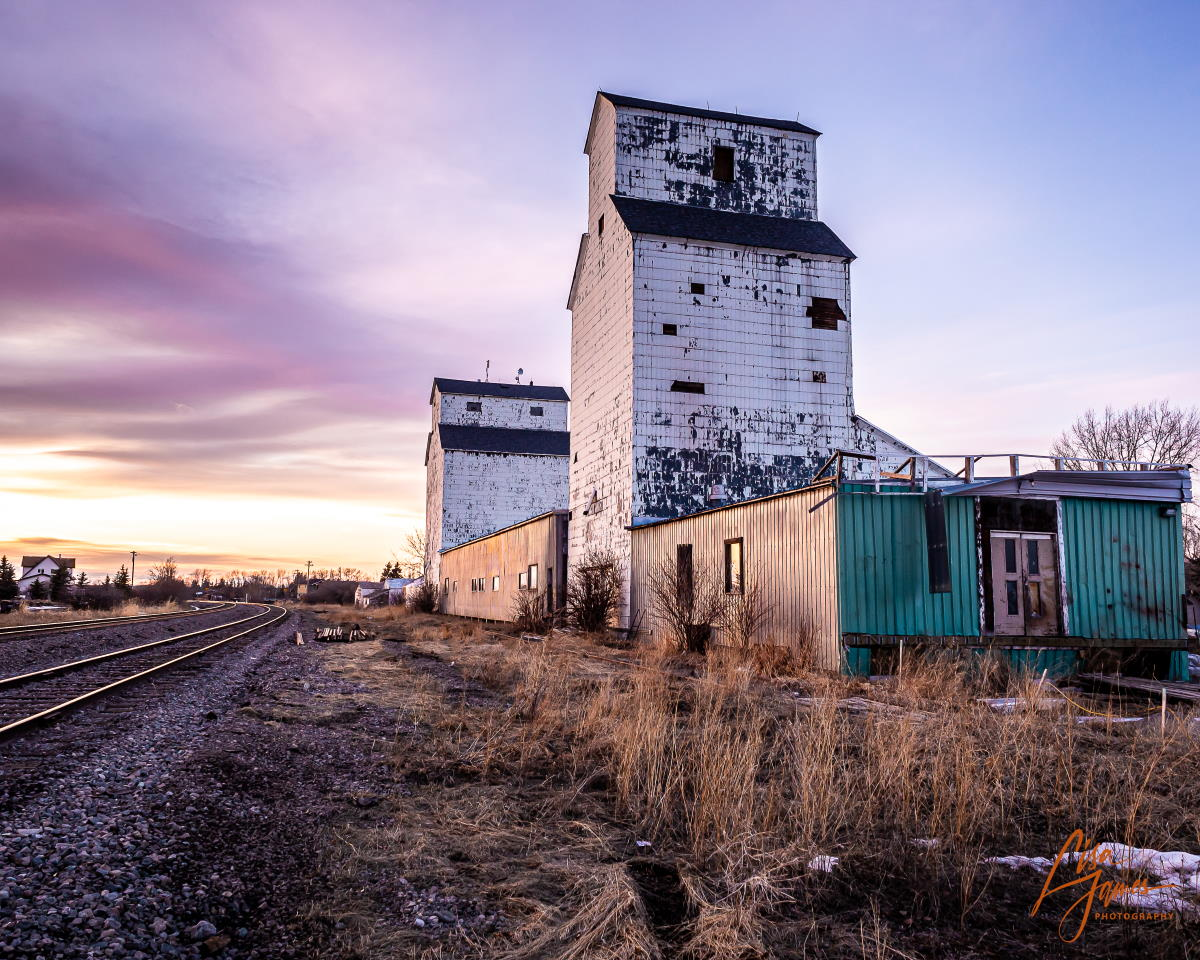 DeWinton, AB grain elevators