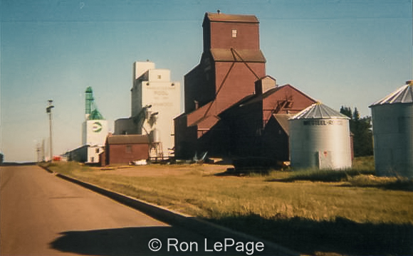 Canwood, SK grain elevators, 1983. Contributed by Ron LePage.