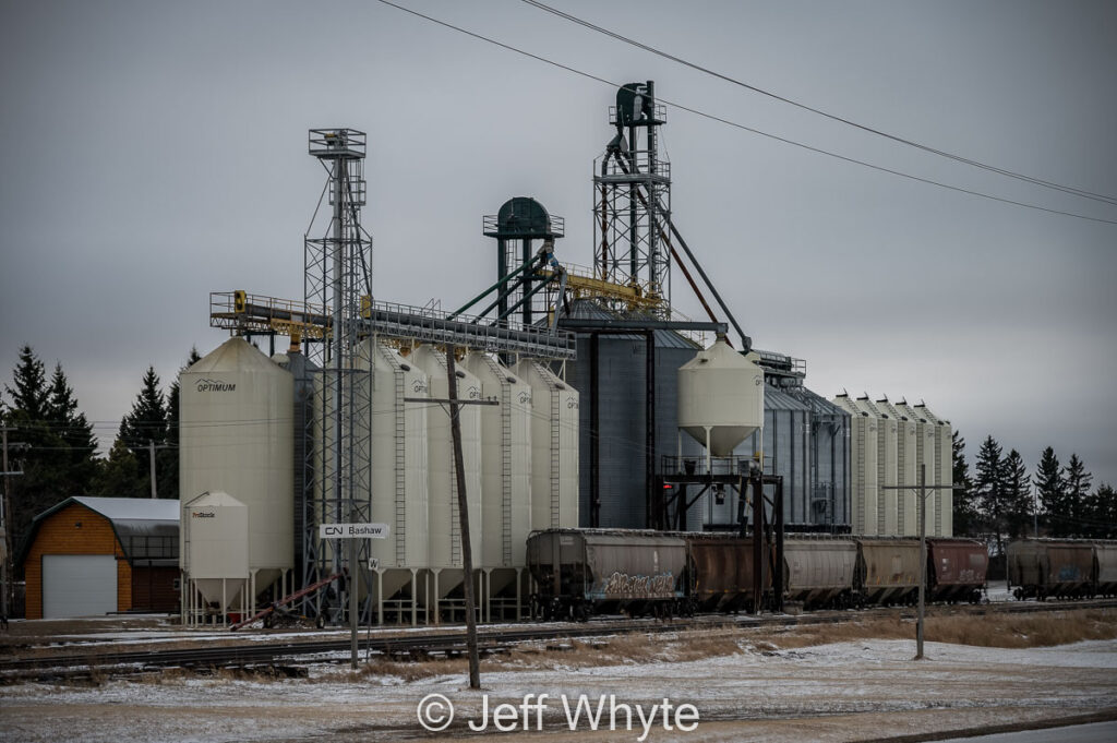 Wild Rose Country Commodities, Bashaw, AB, April 2021. Contributed by Jeff Whyte.