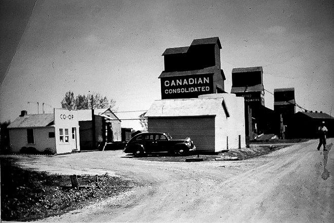 Homewood grain elevators, mid 1940s.  Photographer unknown.